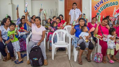 Niños y adolescentes de Palma Real son beneficiados con campañas de salud