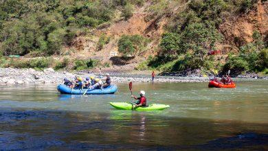 Competencia de camarotaje y rafting en Echarati
