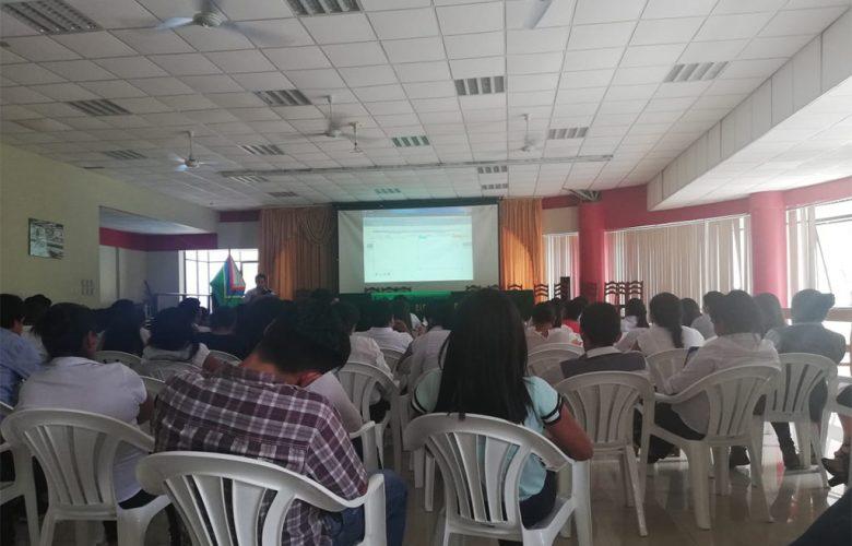 Asistentes administrativos de la municipalidad de Echarati se capacitan en manejo de software de Tareos