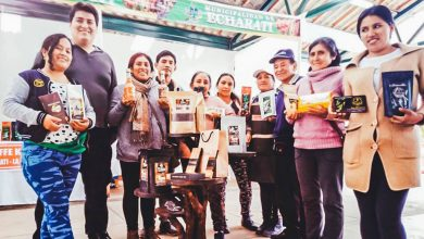Productores echaratinos presentes en aniversario de Urubamba
