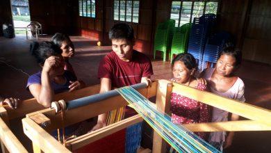 Comunidades nativas se benefician con máquinas telares artesanales
