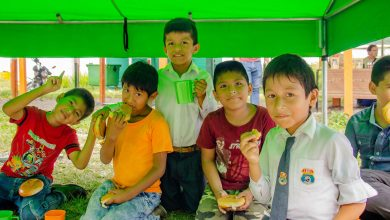 Niños de Echarati compartieron chocolatada navideña